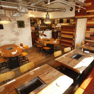 カジュアルさと大人の上質空間が両方楽しめる店内◆個室有り