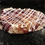 お好み焼き たいこや - とんぺい焼き380円 厚切りの豚ロースをお好み生地と玉子で挟んで焼いたもの