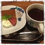 更紗 - 更紗『鉄板焼御膳(デザート)』 …豆乳のプリンだよ♪(^^)