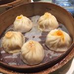 33809952 - 上海かに味噌小籠包アップ!
