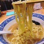 中華そば 青葉  - 麺リフト