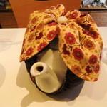 33810567 - 紅茶ポット。お店オリジナルティーコジーを被せると、ゾウさんっぽくなります(^^)