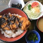いろり庭 - ソースかつ丼 988円
