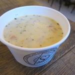 33817655 - ランチセット:チーズ・スライス、クラムチャウダー、ジンジャエール3