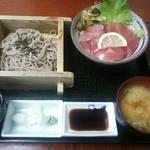 あづみ野 勝味庵 - マグロ丼のソバセット