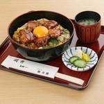 新三浦 - 料理写真:照り焼き玉子丼