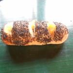パン工房マローネ - 安納芋フランスパン