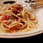 Taverna Mezzanotte - 豚バラ肉とちりめんキャベツの白ワイン煮込み カチョ エ ペーぺ(チーズと黒こしょう)