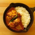 野菜を食べるカレーcamp - 生姜、冬大根と厚揚げ豆腐の南インド風カレー