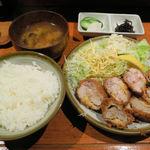 とん松 - ヒレかつ定食(1000円)