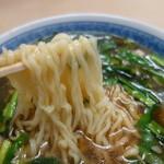 しせん家 - 麺は会津では外せない縮れ麺^^