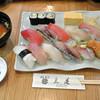 三是寿司 - 料理写真:ランチタイムにぎり12貫(1,080円)