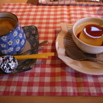 33837965 - coffeeとカスタードプリン