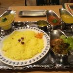 カレーレストラン シバ - 牡蠣の味噌カレー ディナーセット