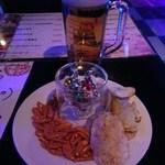 トゥランド - つまみと飲み放題1杯目ビール