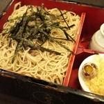33848351 - 箱蕎麦大盛り(820円)