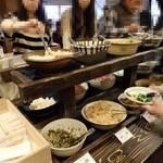 阿古屋茶屋 - お漬物コーナー