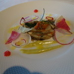 澤亭 - 前菜:北海道産帆立貝と茸のテリーヌ