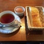 ベルファン - 朝得!紅茶350円に厚切りトースト・ゆで卵が無料。
