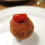 Wineshop & Diner FUJIMARU - たこりき(大阪府松屋町)の大阪風クロケット