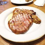 Wineshop & Diner FUJIMARU - 豚肩ロースの丸ごとロースト