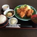 きりん亭 - 唐揚げ定食(ごはん大盛)760円