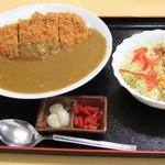 金ちゃん食堂 - カツカレー880円