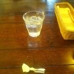 ロビンフッド - 皿を下げられたのでナプキンしか有りませんが 御馳走様 ( ゚Д゚) ウマー!!