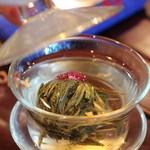 中国茶芸苑 馥 - お花のお茶