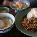 アジアンキッチン サワディー -