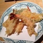 天ぷら新宿つな八 - 昼定食/エビ、キスなど