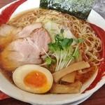 麺や ようか - 醤油らーめん(680円)+大盛り(30円)