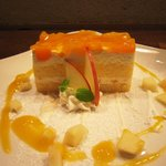 3387346 - ケーキセット(リンゴと桃)750円