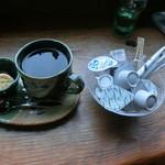 ログ喫茶・ペンションいずみが森 - コーヒー\400
