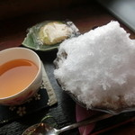 ログ喫茶・ペンションいずみが森 - ぜんざい(アイス)\500