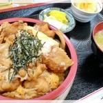 喜楽食堂 - 唐揚げ丼 700円 2014.12.12
