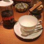 cafe de Repos - 紅茶とコーヒーゼリー (セットで700円)