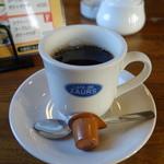 カフェ・ド・ザウルス - ドリンク写真:2014.12 オリジナルカップに入ったコーヒー、、じっくり抽出されてオーダーから約30分!