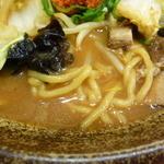 越後秘蔵麺 無尽蔵 - 麺とスープ