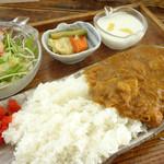 Hashigo Cafe - 2013年2月 手作りインドカリー890円