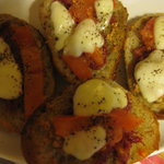 神戸 菊水 - ガーリックトーストにチーズと乗せて焼いても良し♪
