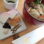 大八栗原蒲鉾  - まほろば(紅);元旦の雑煮に添えて屠蘇を祝いました @2015/01/01