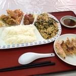 開華園 - 日替わりランチ+ギョーザ540円(ランチパスポート価格)(日曜日は肉と玉子の炒め)☆(第五回投稿分②)