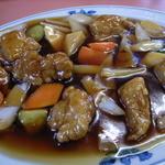 中華料理 公園 - 料理写真:酢豚