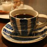 クロスロードカフェ - 「ブラジル トミオフクダ」甘みたっぷりで風味豊か、やさしい酸味のコーヒーです。農園オーナーのフクダトミオ氏が丹精込めて作り上げたブラジルコーヒーです。