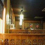 タイ料理 クルンテープ - 広~い店内はまるでタイの食堂にいるような!