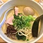麺や 福一 - 濃厚鶏白湯ラーメン(塩¥770)味玉1/1/2015