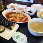 明洞 - 韓国手巻きとトッポギ