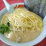 ラーメン山岡家 - 料理写真:ネギ醤油・ネギ増し1.5玉脂多め 2015.1.1