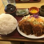 どんじゅう - 『トンカツ、チキン煮込み定食74番』様(940円)しかも大盛り・・・